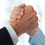 teamazing und Seminargo schließen eine Kooperation