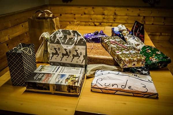 Geschenke bei der teamazing Weihnachtsfeier