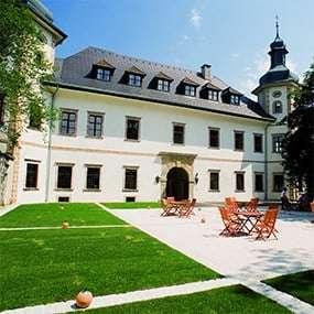 Teambuilding beim JUFA Schloss Röthelstein