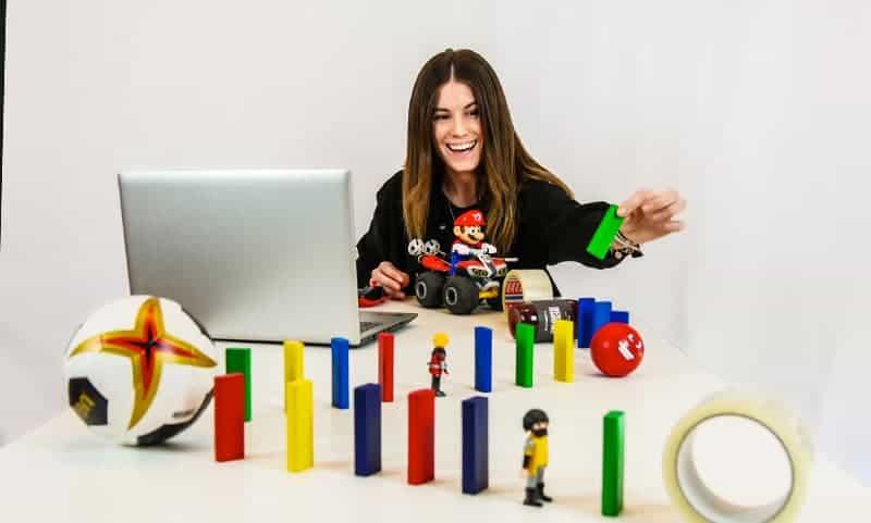 Online Kettenreaktion für kreative Teamleistung