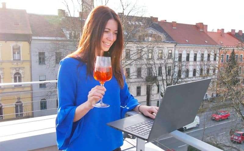 Firmenjubiläum online feiern: Virtuelle Jubiläumsfeier